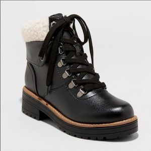 Universal Thread faux leather and Sherpa boots 7.5